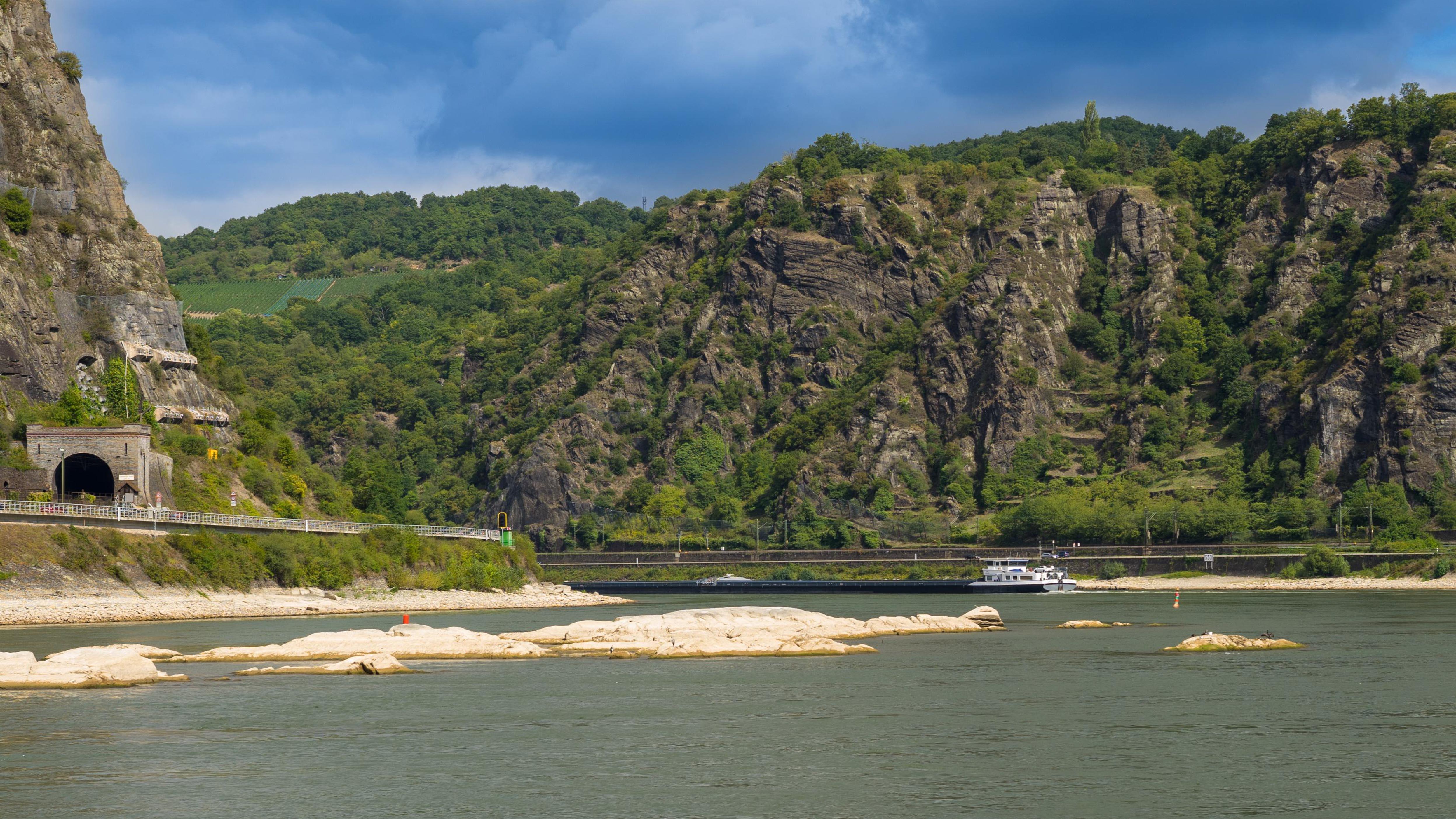 Am Rhein zwischen Bingen und Koblenz, Loreley