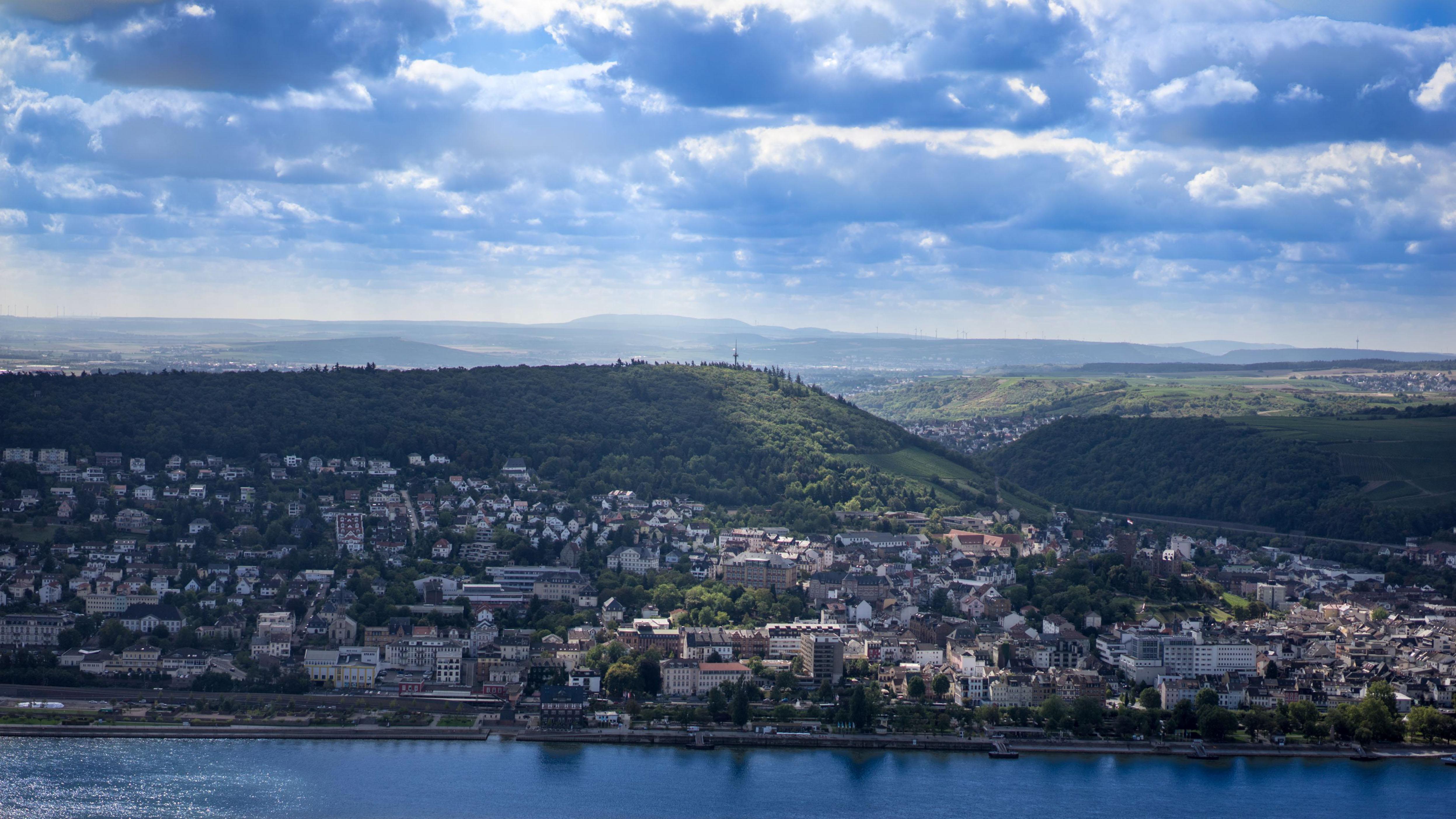 Am Rhein zwischen Bingen und Koblenz, Bingen