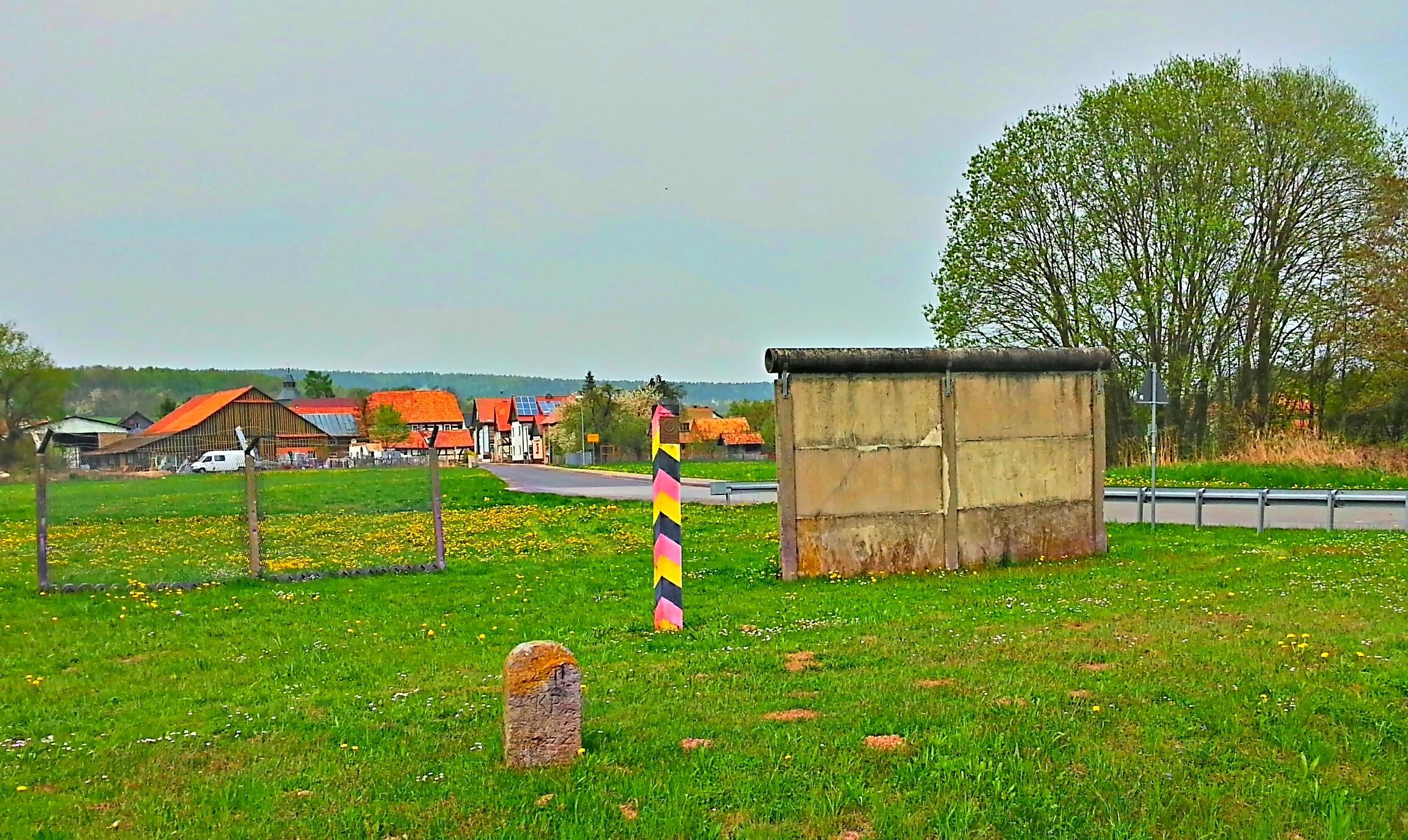 Werra-Region bei Gerstungen, Zeitzeugen der Teilung, alte Grenzsanlage bei Kleinensee