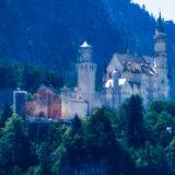 Allgäu, bei Füssen, mit der Seilbahn vorbei am Schloss Neuschwanstein