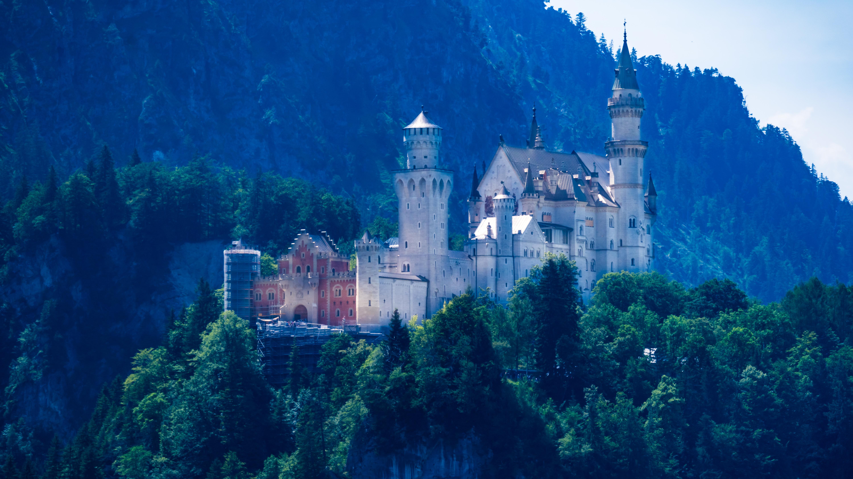 Allgäu, bei Füssen, mit der Seilbahn auf den Tegelberg, vorbei am Schloss Neuschwanstein