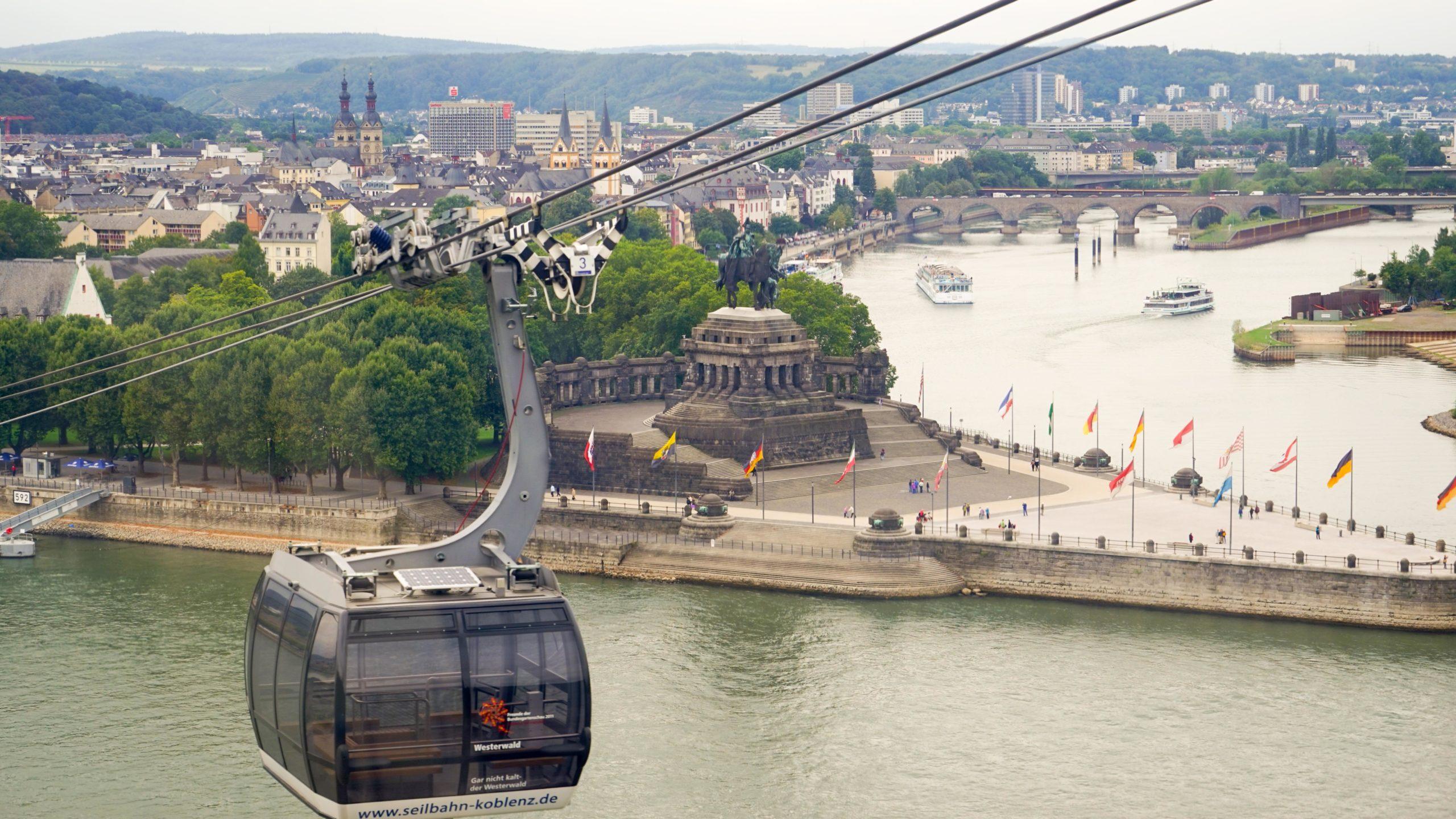 Am Rhein zwischen Bingen und Koblenz, Deutsches Eck