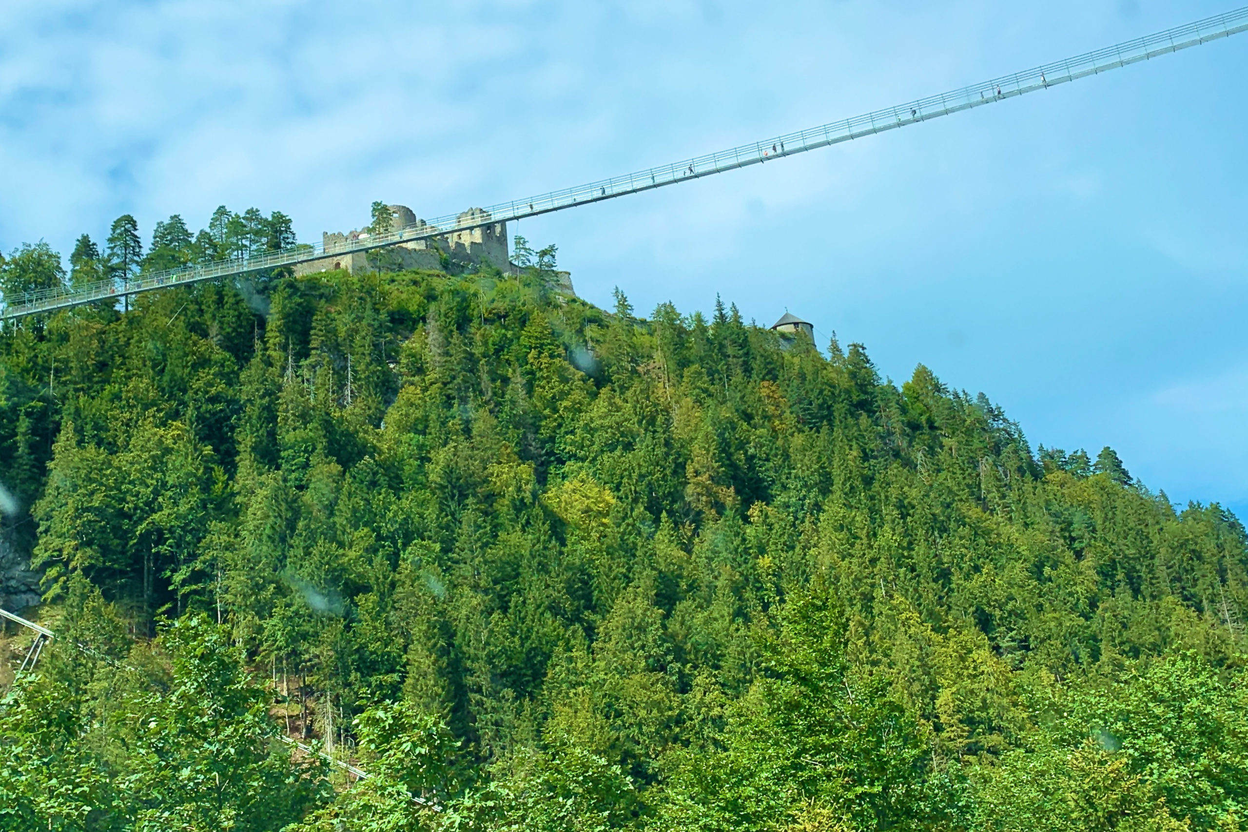 Tirol, Fußgänger-Hängebrücke bei Reutte