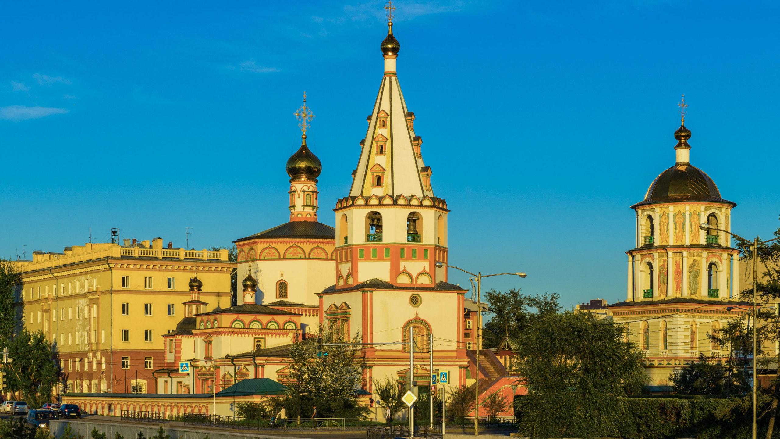 Irkutsk, am Platz der 3 Kirchen