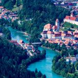 Blick vom Tegelberg auf Füssen am Lech