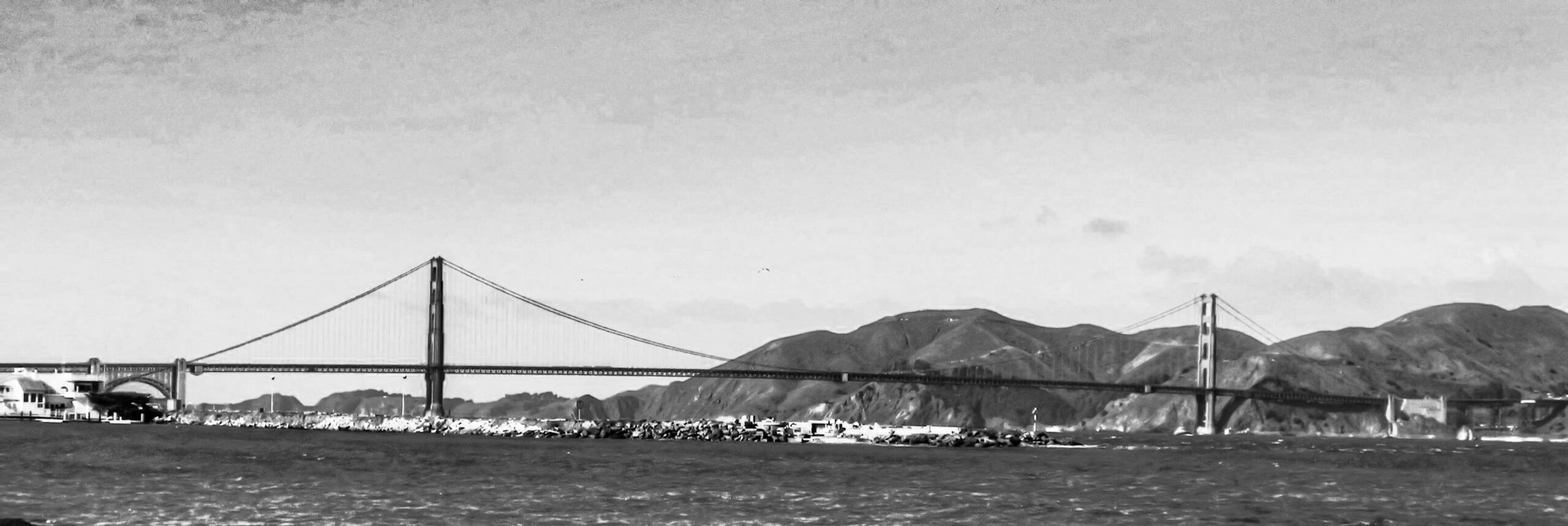 San Francisco Bay, Golden Gate Bridge