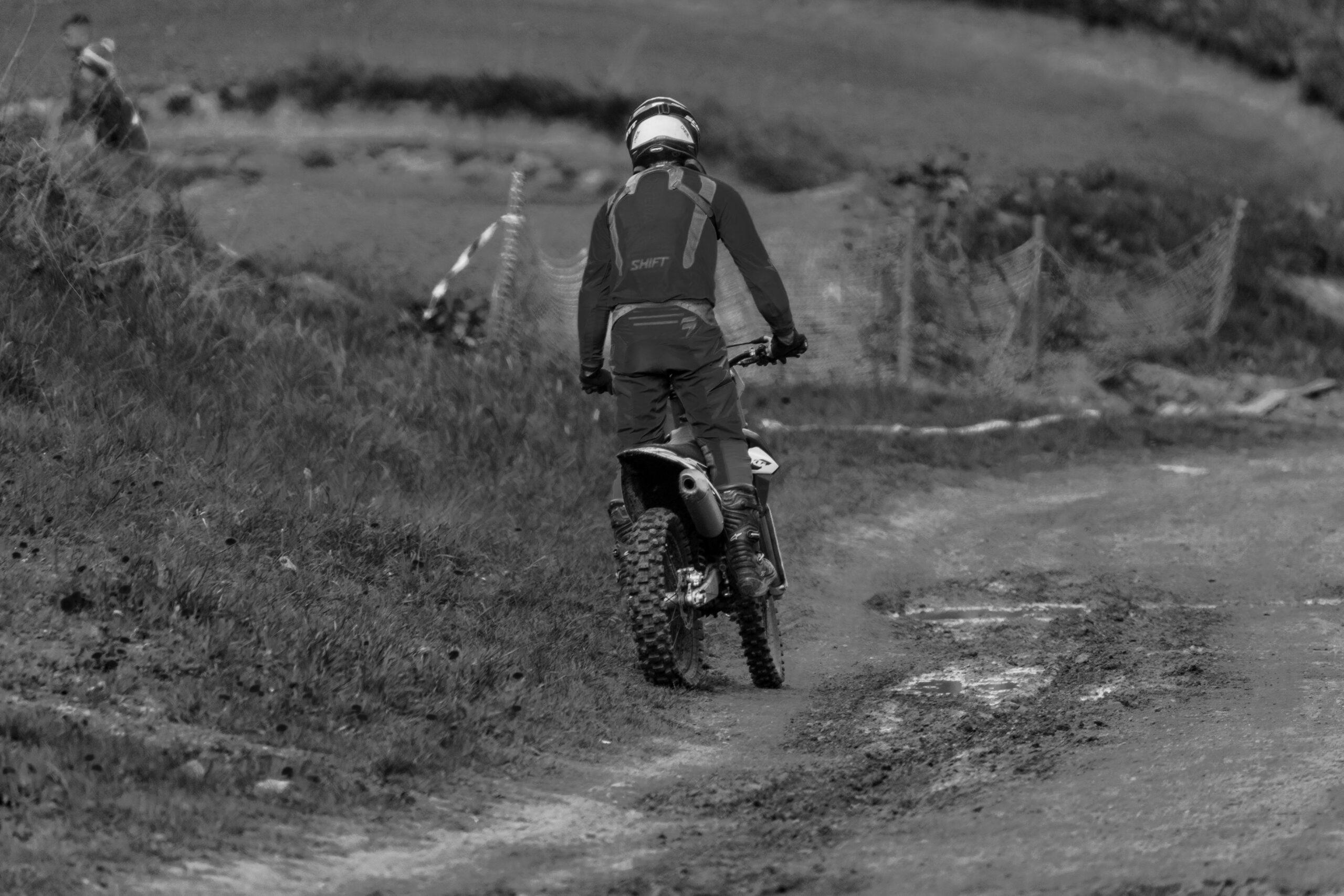 Motocross - an der Autobahn Richelsdorfer Tal