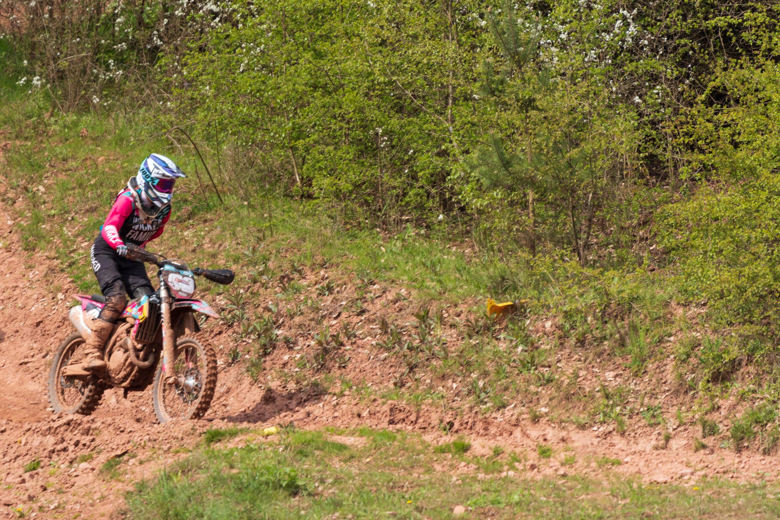 Mai 2021 Motocross an der Autobahn Richelsdorfer Tal